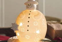 Christmas Decorating / Great ideas for Christmas decorating and fun (excluding holiday recipes). Just trying to make every mom's holiday time fun and stress-free with lots of inspiration (so you have time for more money making time ;).  / by MoneyMakingMommy.com