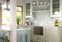 Kitchen and dining rooms / by Naomi Padilla