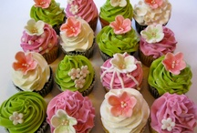 Cupcakes !!! / by Margaret Dirks