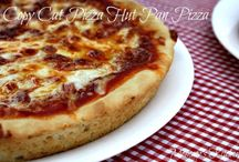 Pizza Recipes <3 / by Vicky Manchik