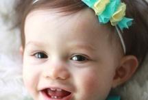 baby headbands / by DANIELLE FELINTO