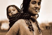 Gypsies & Rollin' Stones / by Hanneke Hofstee
