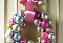 wreaths / by Donna Mavis