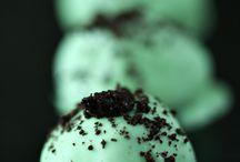 Desserts / by Tiffany Brumberg
