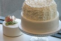 pretty cake designs (rumiations in Pa) / by Deborah Presnar