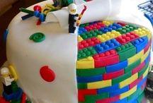 Cakes  Cupcakes  &  Cake  Pops / by Carolyn Winne