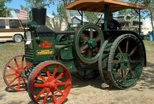 Gas Engines, Gadgets, & Gears and other interesting objects! / by Vera Riffle