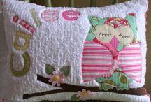 Pillows / by Miriam Guillen