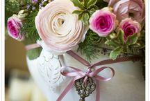 Flowers / by Diana Baltazar