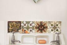 Bathroom / by Céline Hallas
