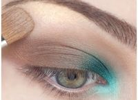 Makeup looks / by Andrea Anderson