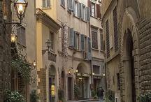 Passeggiata in Italia / The places I have been in Italia! / by Melissa Muldoon Studentessa Matta