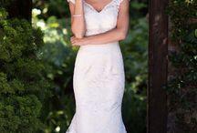 Wedding ideas! / by Jasmin Colwill