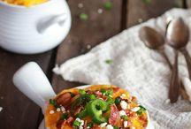Soups, Stews & Chilis / by Melissa Gracia