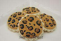 cookies ideas / by Gabriela Presente
