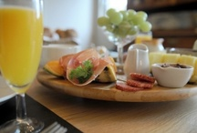Breakfast at B&B's / by Hanny Arens