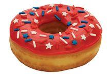 Stars and Stripes / Die Amerikanische Flagge ist aus der Mode nicht mehr wegzudenken und auch im Food-Bereich sorgt sie für Design-Highlights / by frontlineshop