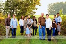 Photo ideas large family / by Katie Quinley Griesel