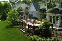 Backyard decks and stuff / by Carmen Queen