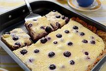 Desserts / by Elizabeth Brosnan