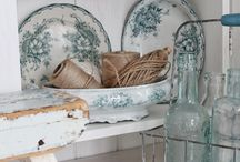 brocante french tableware / by Jeannet Rebergen