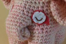 Crochet / by Jessica Boe