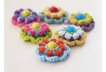Crochet flowers / by Tere Benítez Gómez