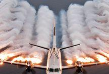Aviones / by Manuel De Hoyos