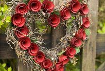 wreaths & topiaries / by Farida Jararah