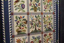 Applique Quilts / by Debra Clemence-Roman