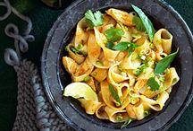 Food - Thai / by Brenda Lannau
