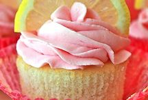 Cupcakes / by Nichole