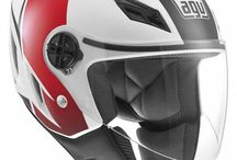 AGV Blade / Blade jet helmets are intended for young, dynamic riders but are also used by professionals who appreciate their small size and ease of storage. The unmistakable design and the use of innovative solutions make the Blade perfect for those who want to ride in complete safety and comfort without having to give up their individual look / by AGV Helmets Official