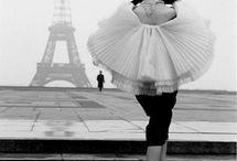 A la Mode / by Kia Jaikaran