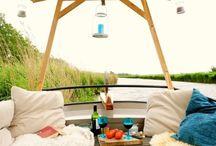 Bijzonder Plekje | Vakantieboot Frederiek / Slapen aan boord van Frederiek / by Bijzonder Plekje
