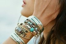 Addicted to Bracelets / by Marie Domingo