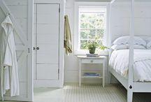Cottage Bedroom / by Barb Priestley