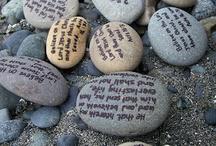 Rocks pebbles  piedras / Painted stones  / by Elisabeth