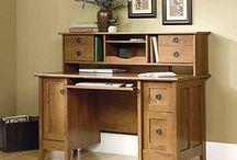 Desks / by Cynthia Hatchell
