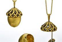 Jewelry / by Philippa Anastos