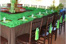 Minecraft Birthday Party Ideas! / by Carmen Cano
