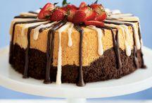 Desserts / by Jeannine Valaris