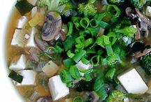 Recipes: Soups / by Amanda Casto