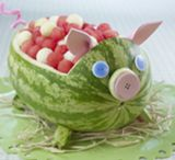 Peppa pig birthday party ideas / by Goreti Lima