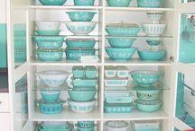 Vintage Kitchen / by Elisabeth W