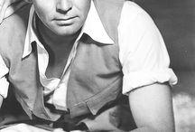 Clark Gable / by Edilia Romeu