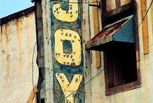 Vintage Signs / by Shelley Baum