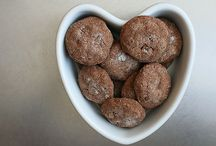 sweet: cookies / cookies and muffins! / by Liz Fehrenbach