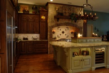 Old World Kitchens / Old World kitchens are luxurious and grand, but they don't have to cost and arm & a leg. Create your old Old World kitchen using traditional discount kitchen cabinets from www.stockcabinetexpress.com! / by StockCabinetExpress