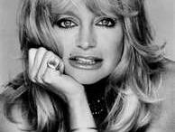 Goldie Hawn / by Sabrina Benkert